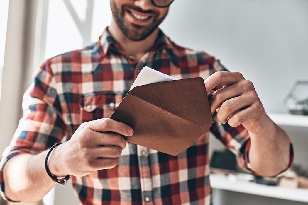 Direct mail versturen in een verrassende enveloppe